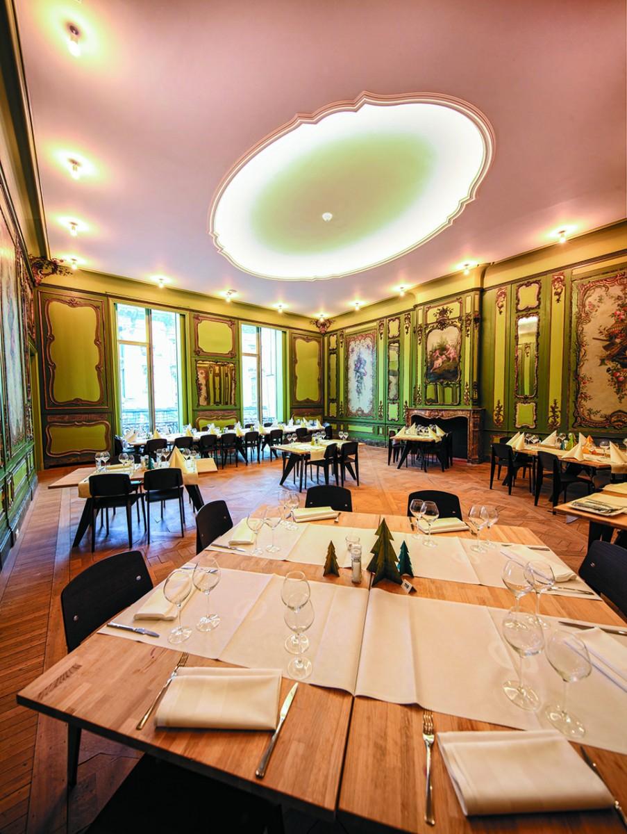 Restaurant des Théâtre de Liège - grünes Wohnzimmer