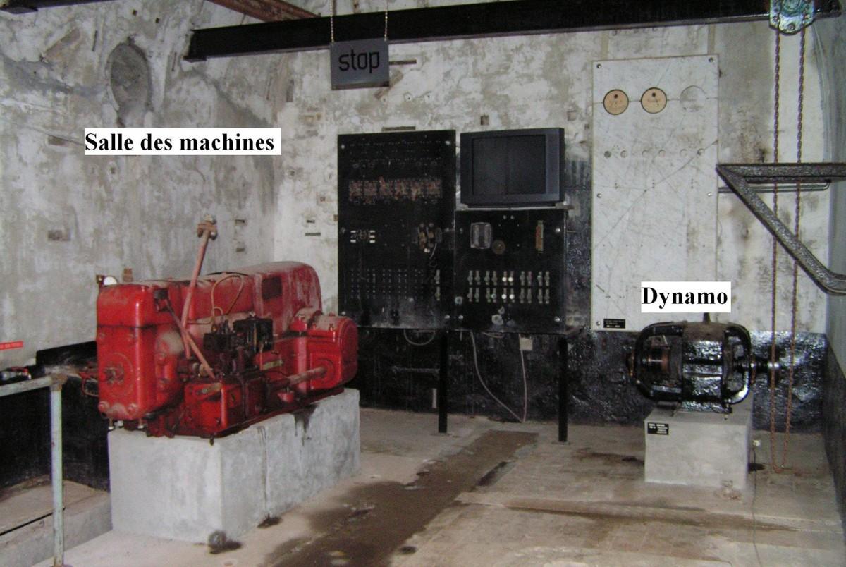 Visite fort Lantin Salle machines circuit audio guidage 02 © Les amis du fort de Lantin asbl
