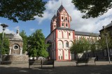Historic city center - Collegiate Church of Saint-Barthélemy
