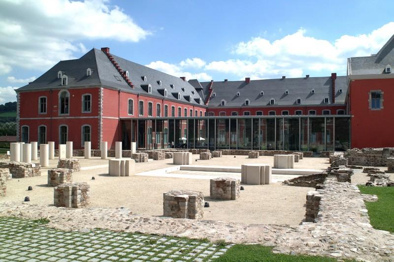 Abbaye de Stavelot - vue extérieure
