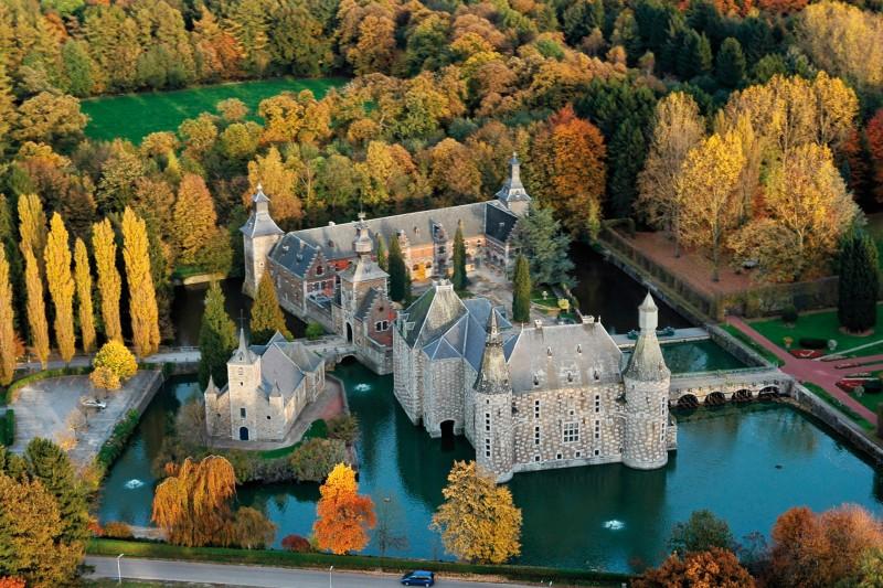 Château de Jehay vu du ciel