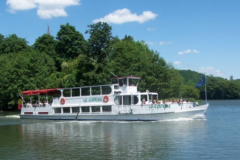 Dinant-Freÿr cruise