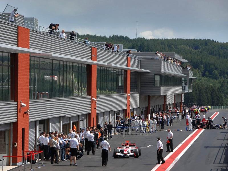 Paddock du Circuit de Spa-Francorchamps