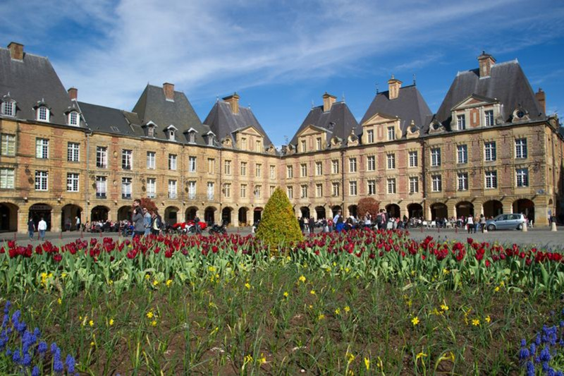 Place Ducale - Charleville